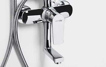 Single-lever bath-shower mixer